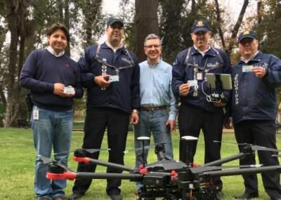 Joaquín Lavín hace muestra de sus drones para patrullar Las Condes | Nacional